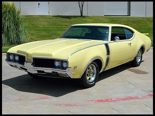 1969 Oldsmobile 442 Holiday Coupe 400/325 HP, Automatic #Mecum