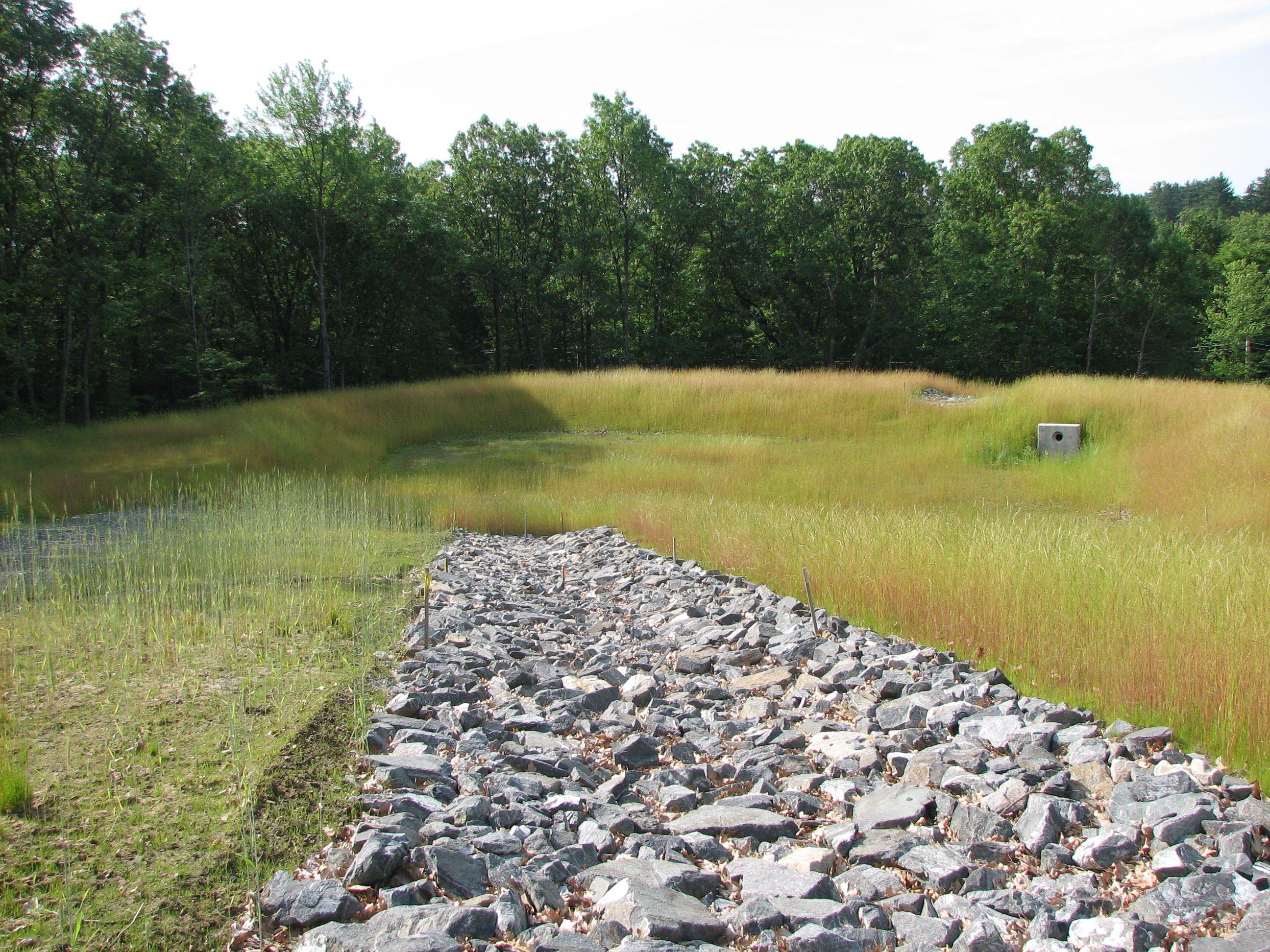 Retention Basin: THOMPSON-LISTON ASSOCIATES, INC. - Erosion and ...