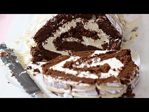 Mary Berry's Chocolate Roulade Recipe - http://maxblog.com/5077/mary-berrys-chocolate-roulade-recipe/