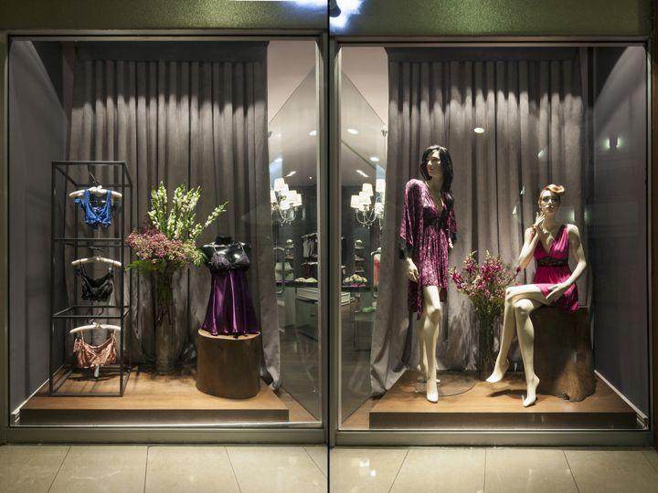 Витрина магазина нижнего женского белья женское нижнее белье купить в интернет магазине украина