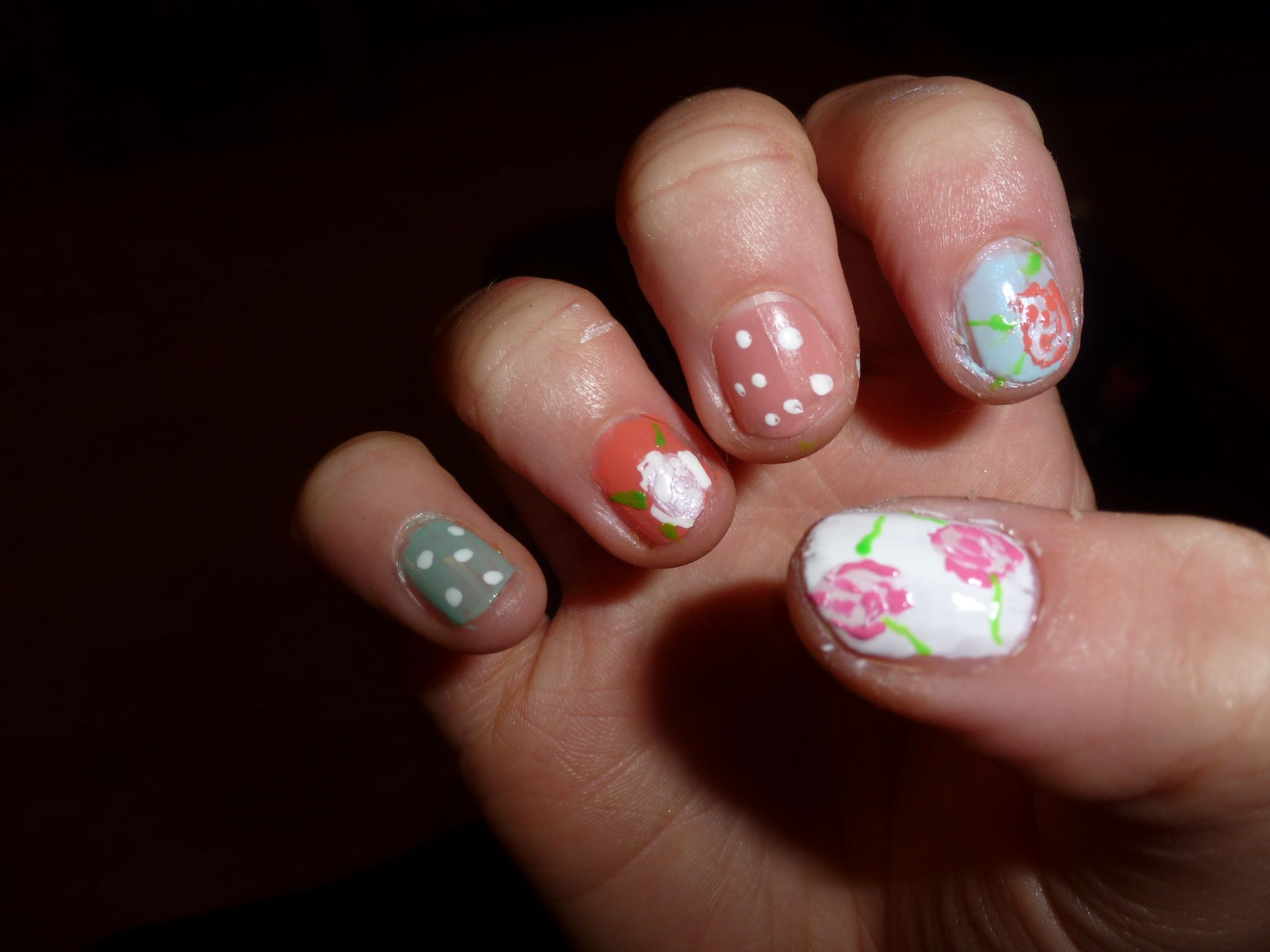 cute roses and polka dot nails