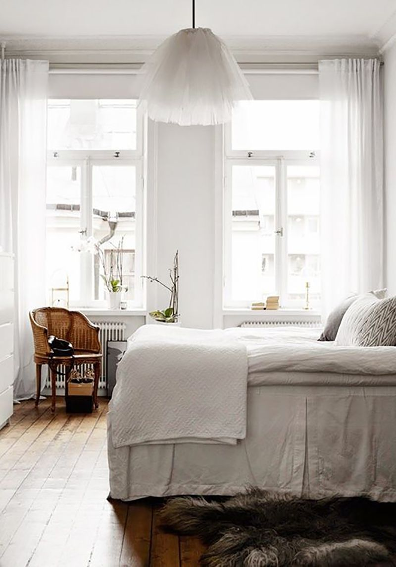 30 day challenge a healthy sleep schedule b e d r o o m. Black Bedroom Furniture Sets. Home Design Ideas