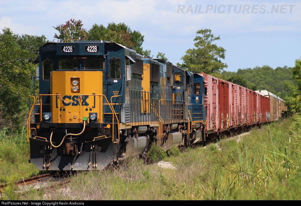 RailPictures.Net Photo: CSXT 4228 CSX Transportation (CSXT) EMD SD40-3 at Taft…
