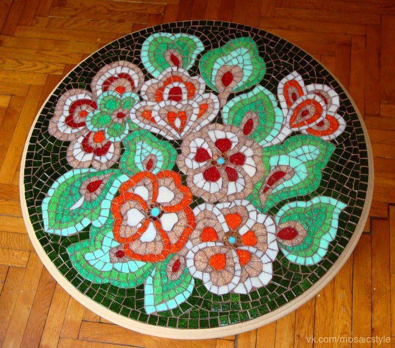 Мозаичные кофейные столики Ауки Бумин.
