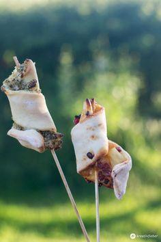 Pizzasticks Partyfood selbermachen - Variante Pizzastick Pesto und Pizzastick Hawaii