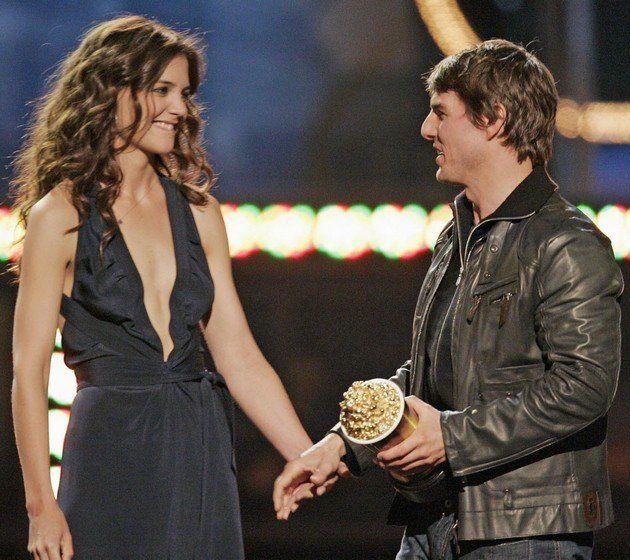 Tom Cruise Katie Holmes Wedding Pics Google Search Tom Cruise Katie Holmes Celebrity Couples