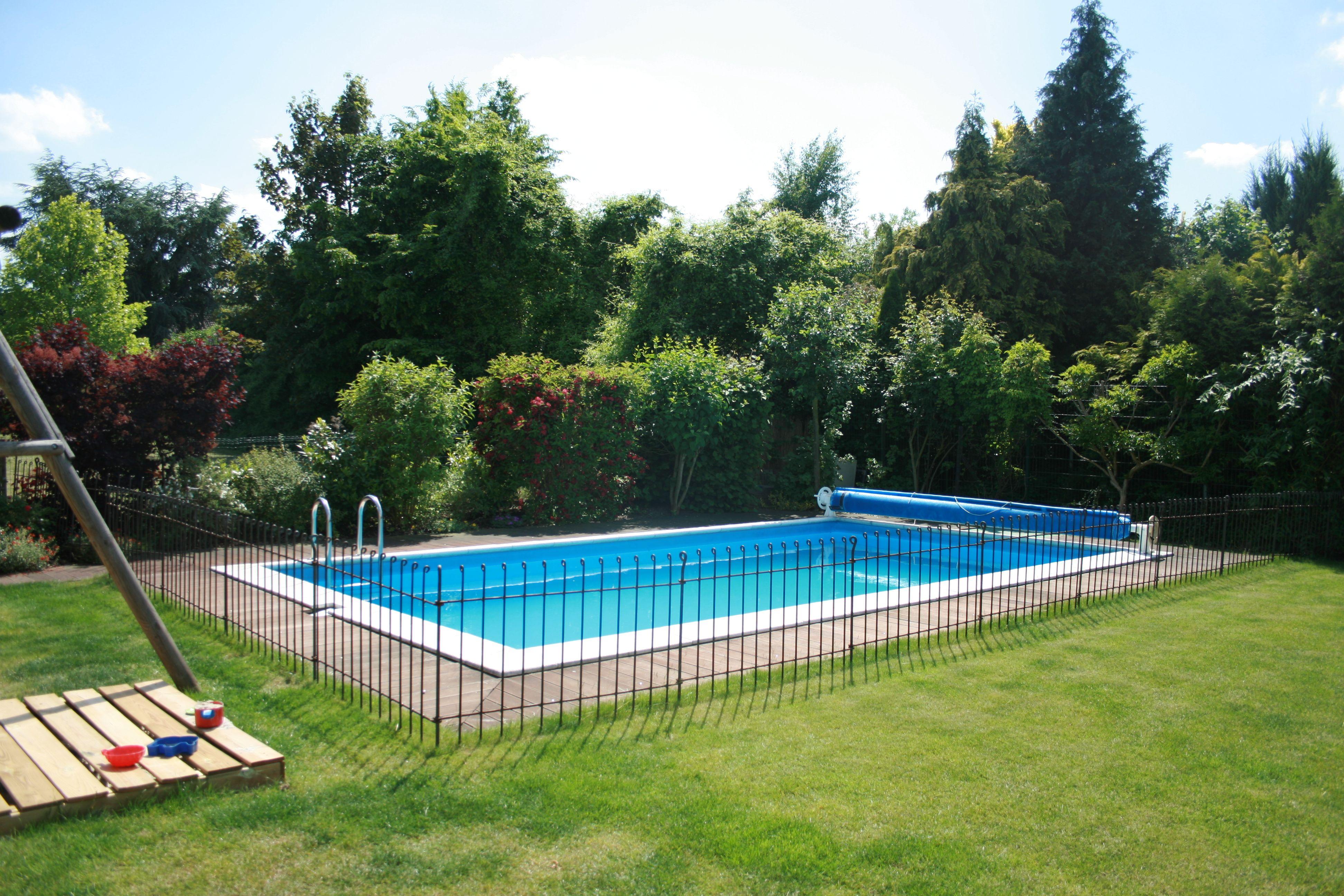 Pool Abdeckung Kindersicher Schiebehallen Und Rolladen Aquavaria Pools