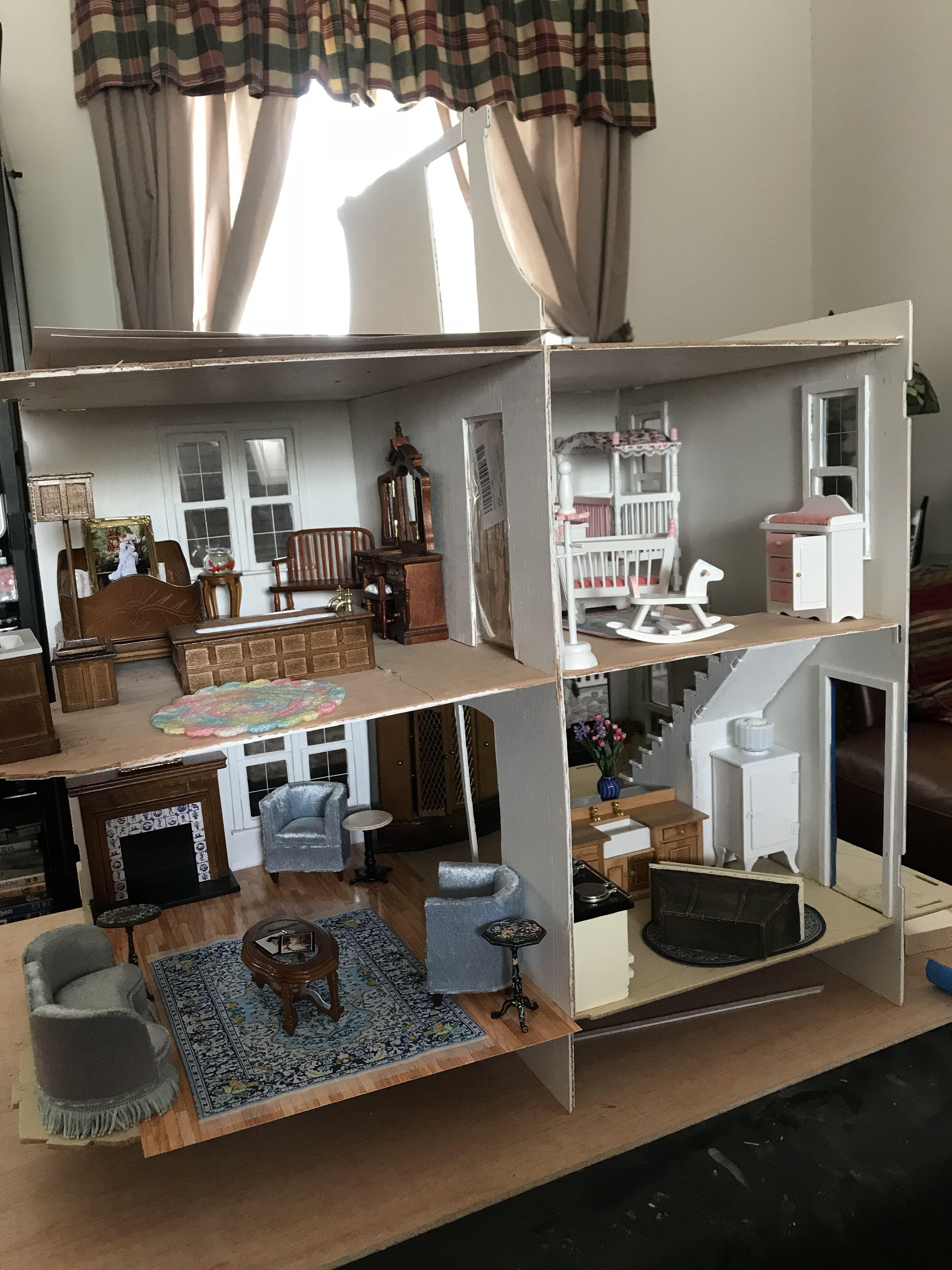 14 modern day DIY dolls house renovations   Mums Grapevine