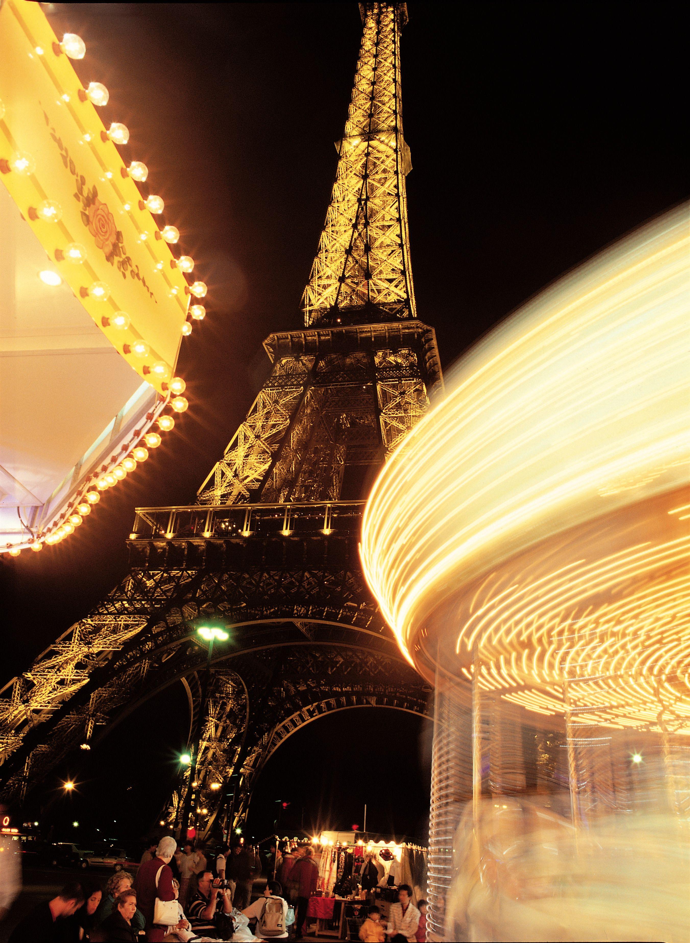 Air France - Italy - Bonjour Paris - Il 30 giugno prepari le valigie e si tenga pronto ad imbarcarsi, la sera stessa, su un volo Air France per Parigi e a trascorrere un indimenticabile incontro con la Ville Lumière!