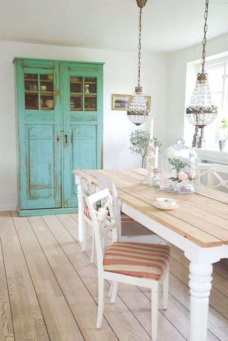 20+ Awesome Rustic Farmhouse Dining Room Design Ideas