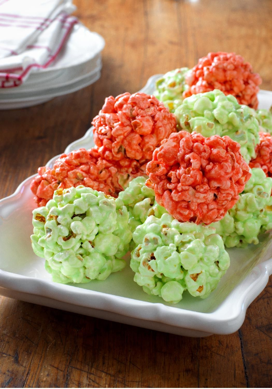 Festive Jell O Popcorn Balls Enter The Share It Pin It Win It Sweepstakes Pin Your Favorite Holiday Recipe Or Pin Your Own For A Chance To Wi Pinteres