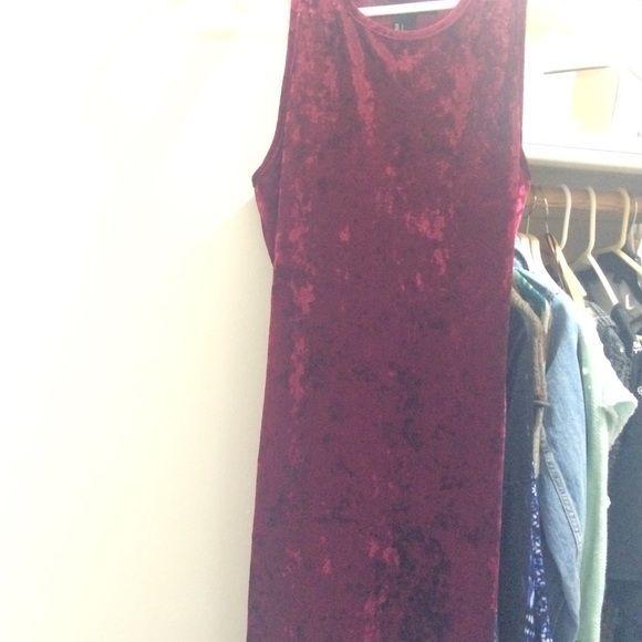Red velvet dress Worn only once! Tight fit Forever 21 Dresses Mini