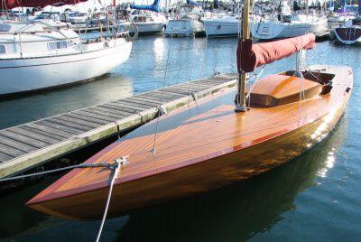 sloop+skimmer | wood sailboat, the 25' Black Skimmer Building a ...