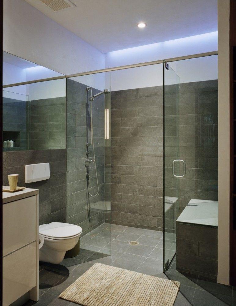 Nove_I_studio_b_architects_modern_interior_design_bathroom_with_glass_walls