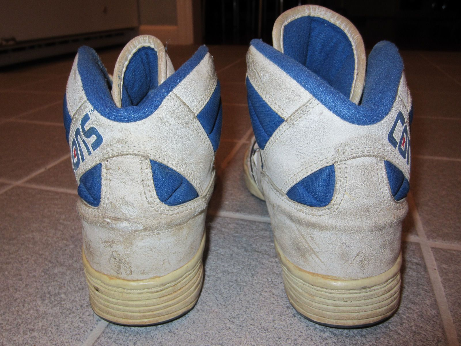 466b3dbb5ff9c0 1990s 80s Converse Vintage Cons Leather Basketball High Tops Mens Size 8 5