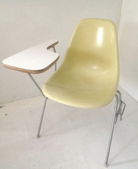 Rare Vintage Herman Miller School Desk Chair, In Great Condition, And Great  Color! Stamp Is Under The Seat, Designed By Charles Eames * No Shipping, ...