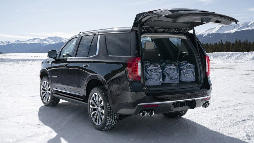 The 9 Coolest Features On The 2021 Gmc Yukon And Yukon Xl In 2020 Yukon Denali Gmc Yukon Gmc Yukon Denali