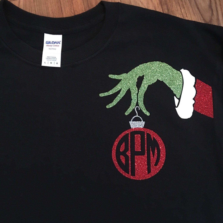 We Love This Mr Grinch Monogram Shirt So Cute For Christmas Pijamas Navidenos Camiseta De Navidad Pijamas De Navidad