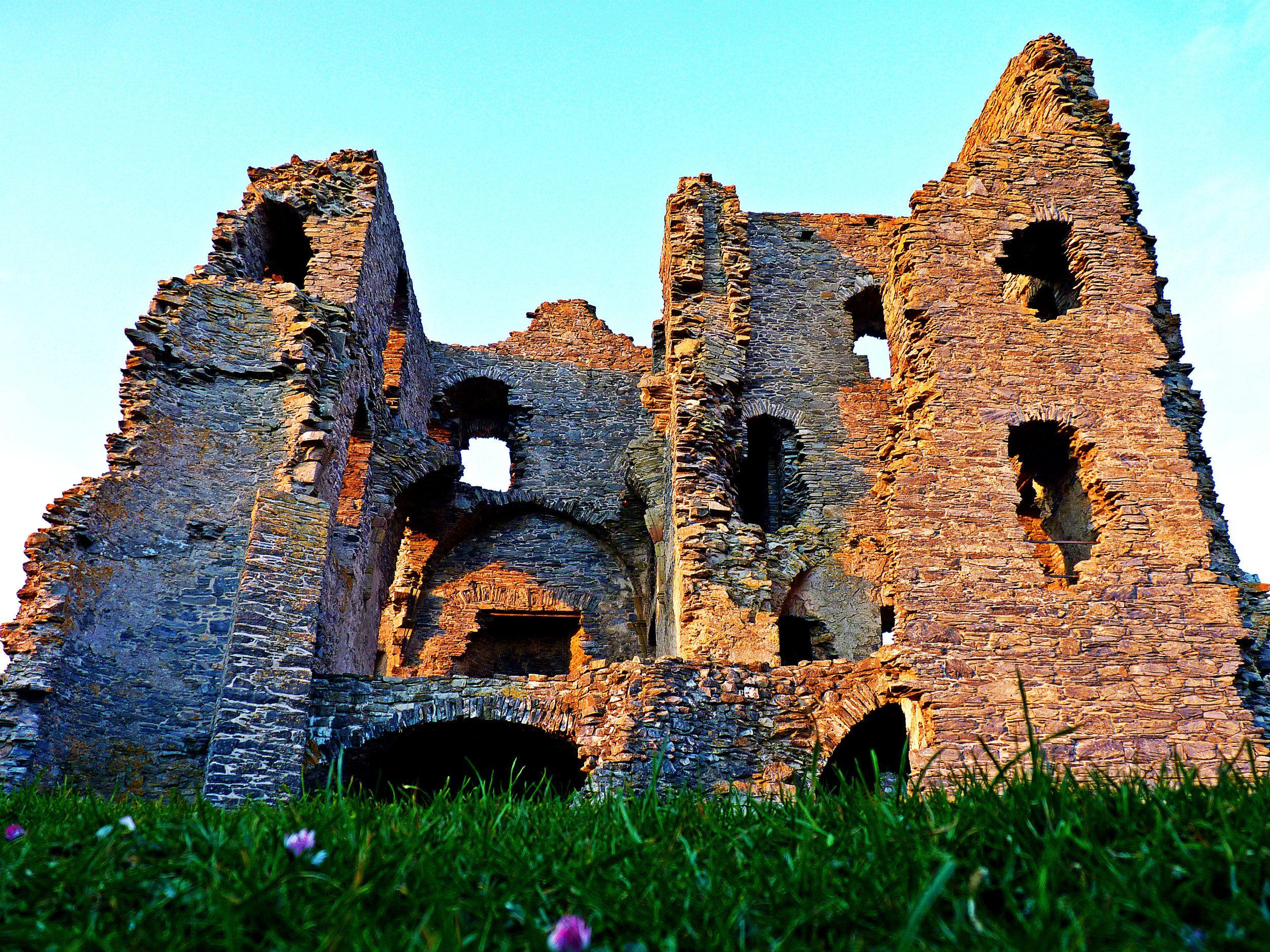 Auchindoun Castle - Aberdeenshire
