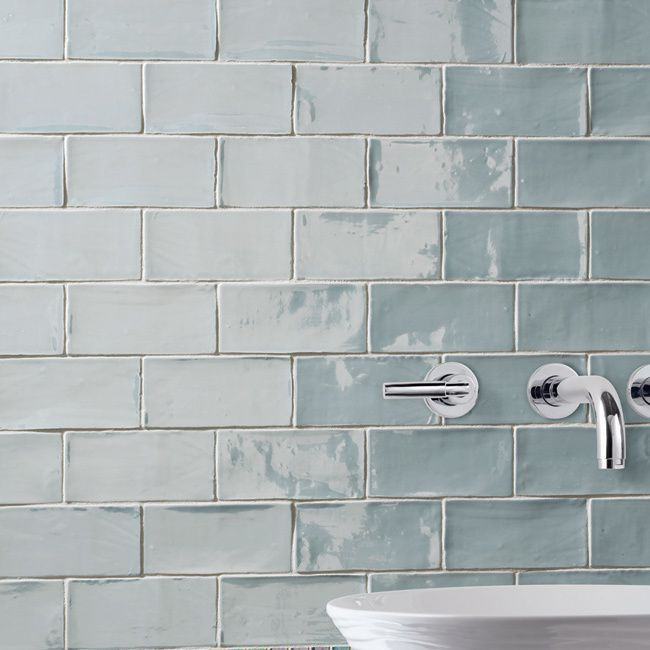 Somertile 3x6 Inch Gloucester Acqua Ceramic Wall Tile Case Of 16 Thames Blue Size 3 X 6