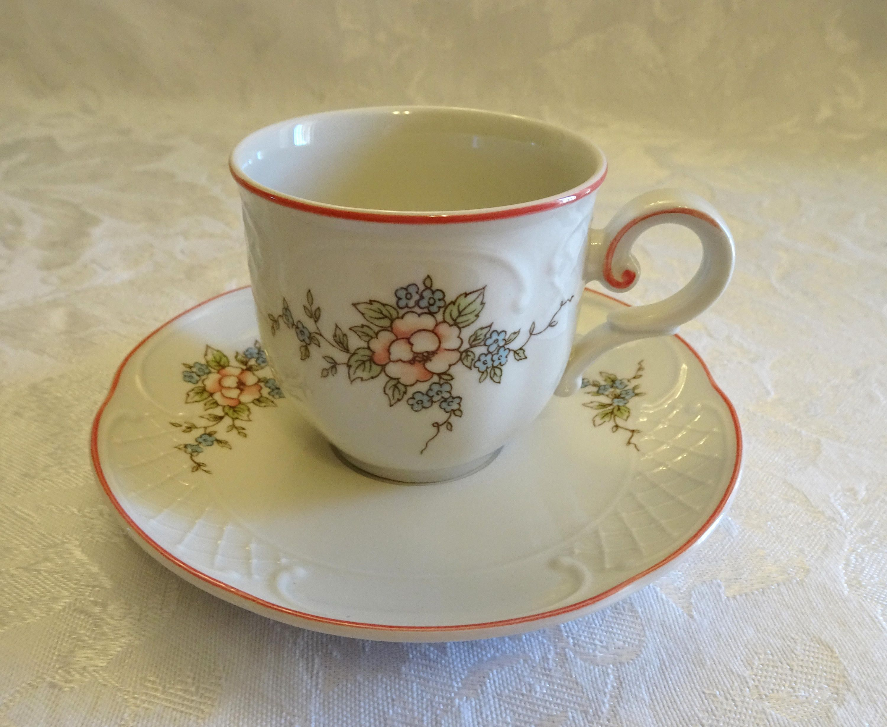 Villeroy Boch Germany Demitasse Cup And Saucer Danbury Mint