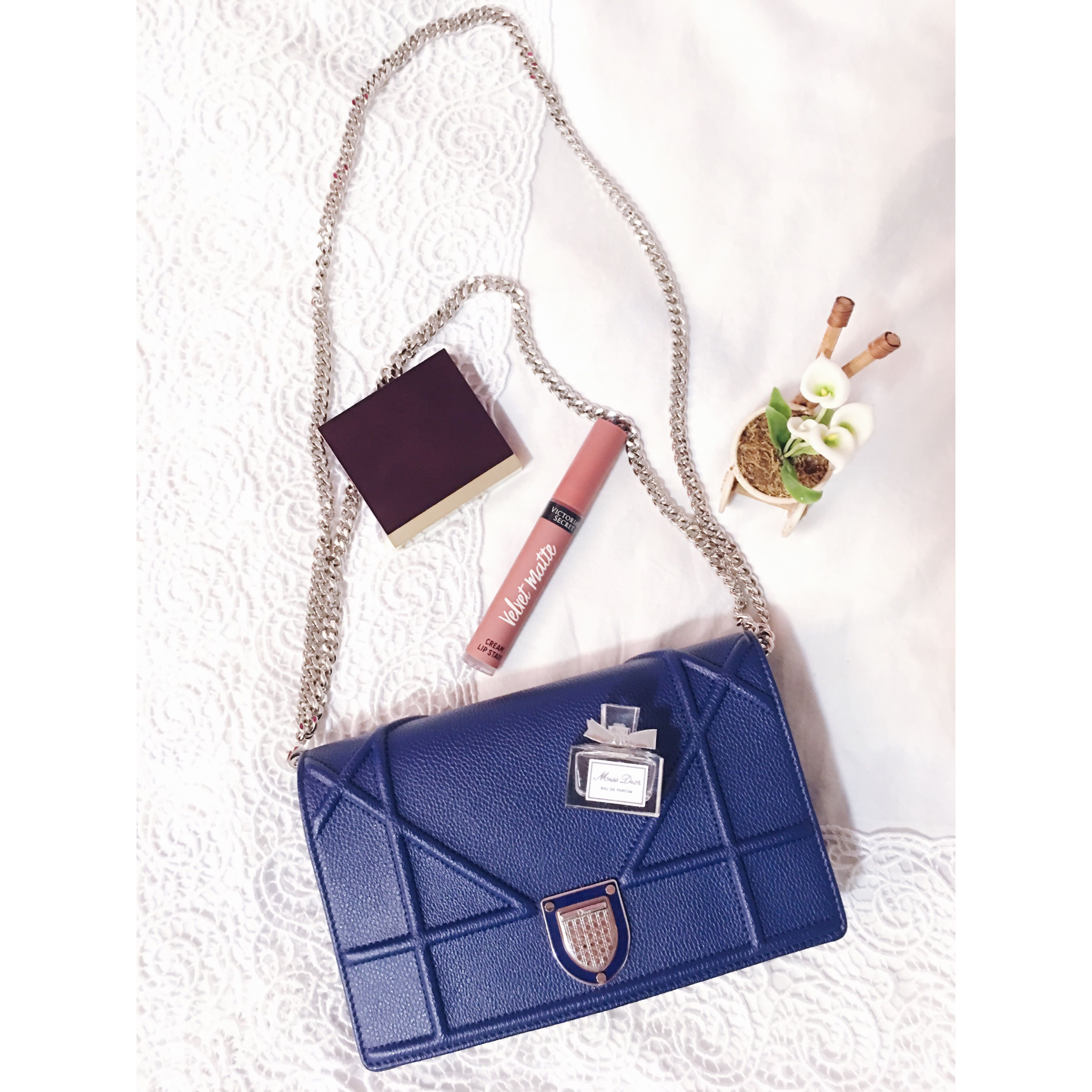fb1e173cd4ed Diorama wallet on chain ♥ | Dior | Diorama wallet on chain, Bags ...