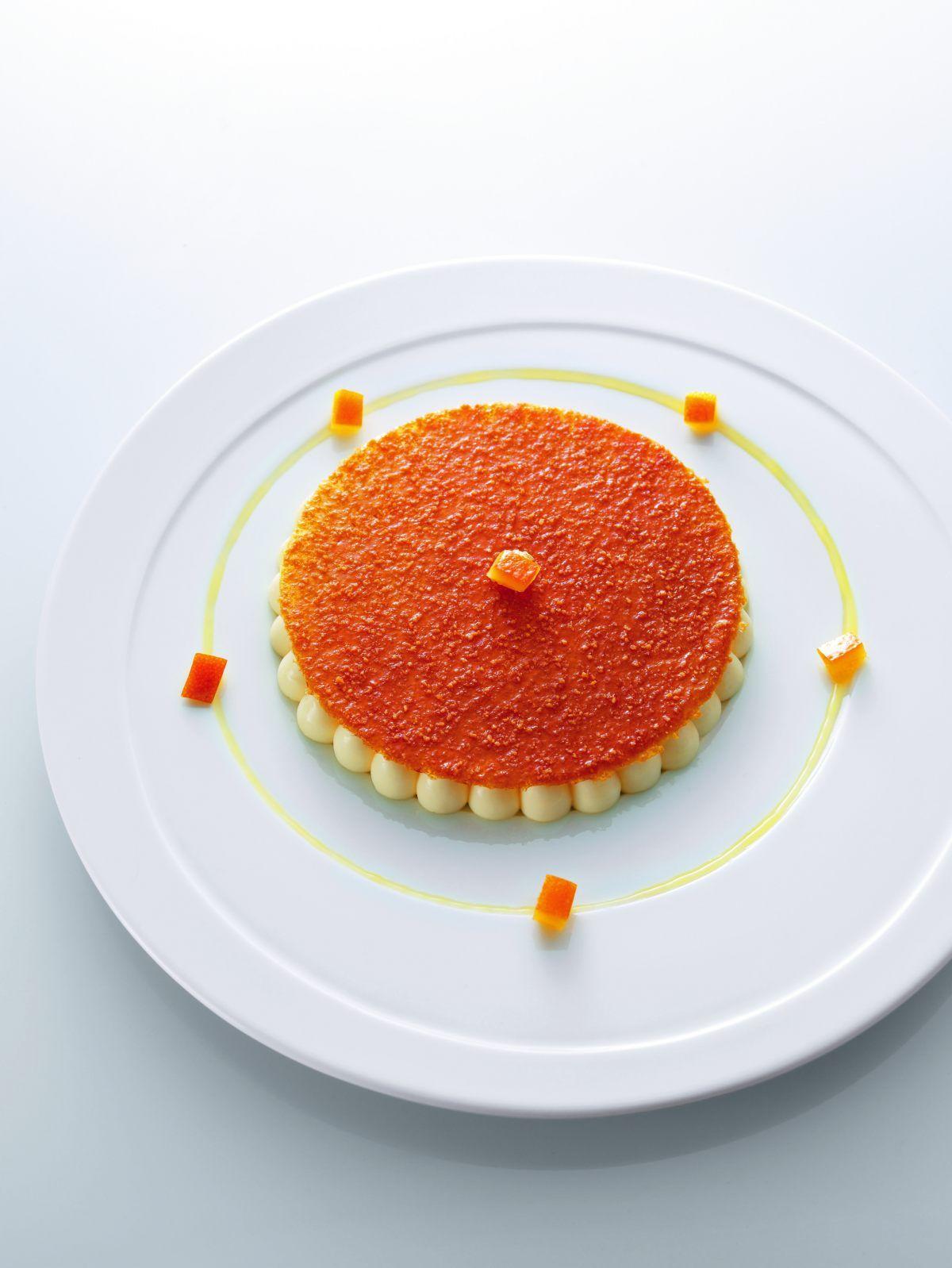 Un dessert très frais, simple et ludique, où tous les agrumes apportent un équilibre certain. *Spéciale dédicace pour Alain Ducasse…