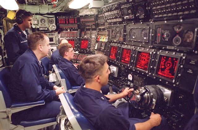 U S Navy Nuclear Submarine Ssbn And Ssn Images Virginia Class Submarine Nuclear Submarine Navy Ships