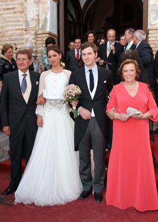 la boda de mercedes peralta   casilda se casa   vestidos de novias