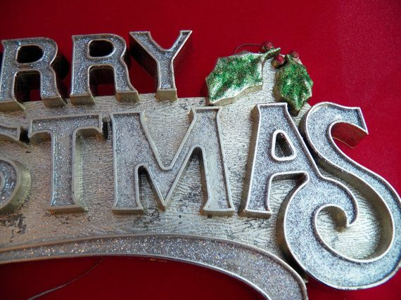 Vintage Glitter Merry Christmas Sign This Nice Raised Plastic Plaque Features Merry Christmas Sign Christmas Signs Merry Christmas