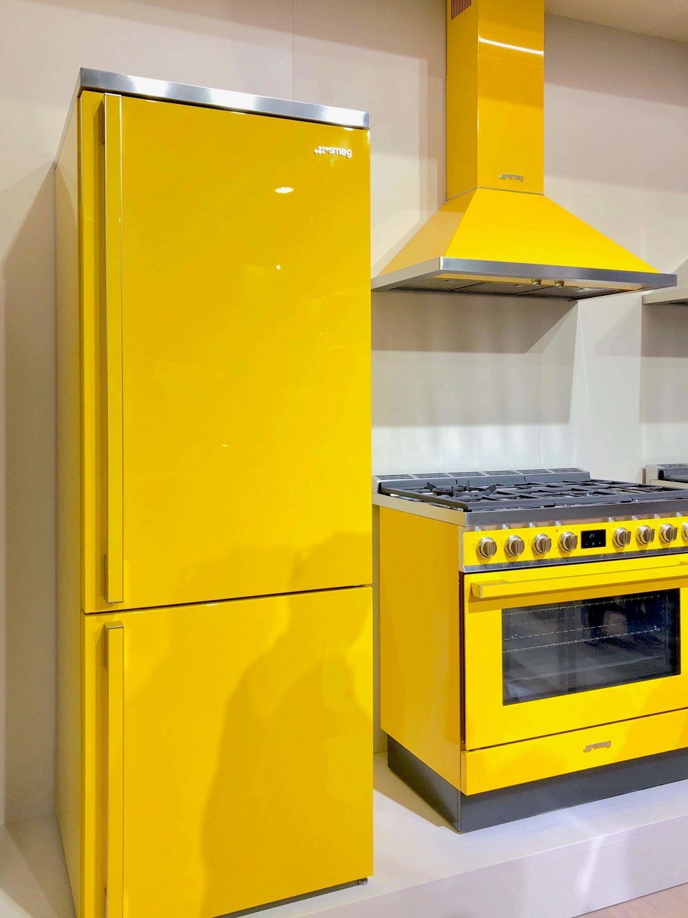 Yellow Refrigerator Google Search In 2020 Kitchen Appliances Design White Appliances Appliances Design