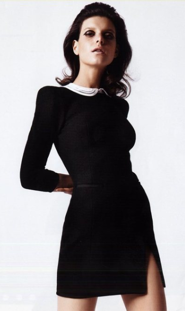classic LBD- by Carven