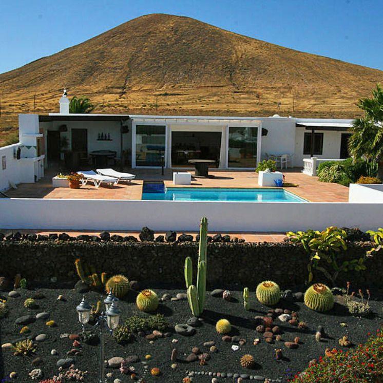 Ferienhaus mit Pool in der Nähe von Tahiche 1062L (mit