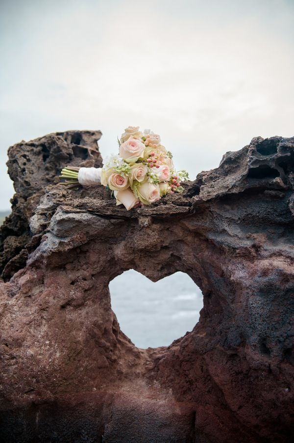 Carissa and Ernest { Maui Vow Renewal } >>> more prettiness found here @{Modern Weddings Hawaii}