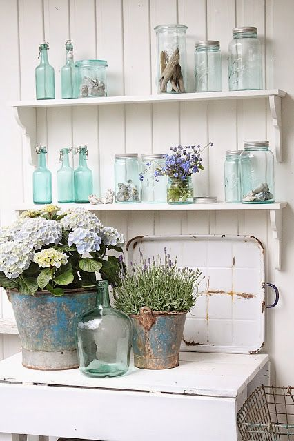 Blue Mason Jars with white, love it! ~MWP - VIBEKE DESIGN: Forglemmegei & kreativ med gjenbruk !