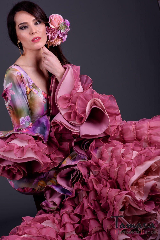 Modelo de traje de flamenca de la colección flamenca 2017 de TAMARA ...