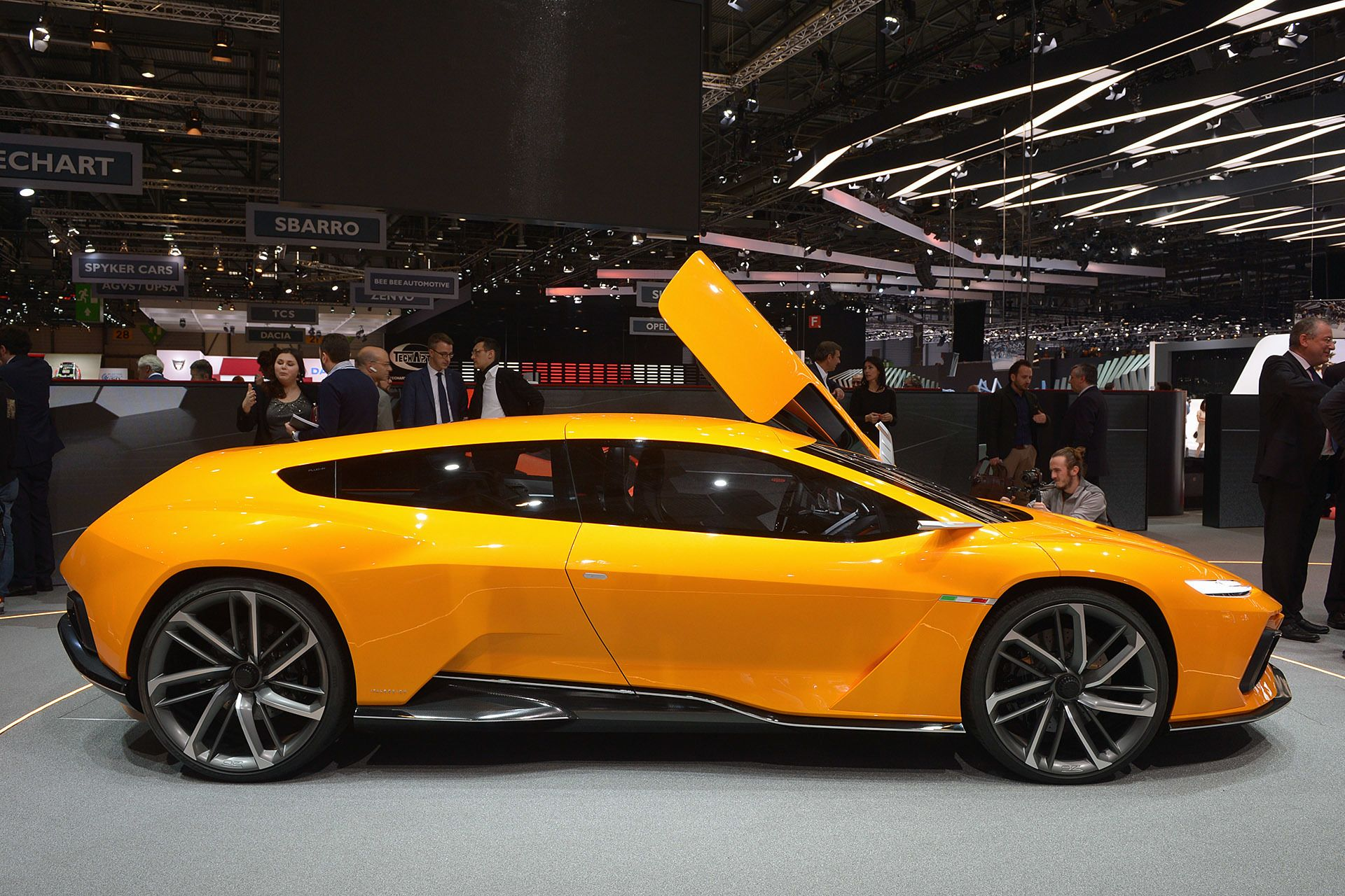 Italdesign Gtzero Concept Geneva 2016 Photo Gallery In 2020 Concept Cars Geneva Motor Show Volkswagen Car