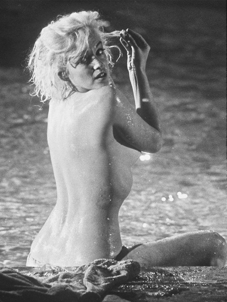 Marilyn Monroe Naked Hot Sex