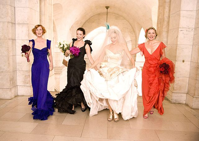 Sarah Jessica Parker   In 2008's Sex and the City, flanked by her three best friends Miranda Hobbes (Cynthia Nixon), Charlotte York (Kristin Davis) and Samantha Jones (Kim Cattrall), Parker's Carrie Bradshaw (in Vivienne Westwood) had planned to marry Big (Chris Noth) in the New York Public Library. She never made it down the aisle, but Carrie finally became a Mrs. at New York City Hall