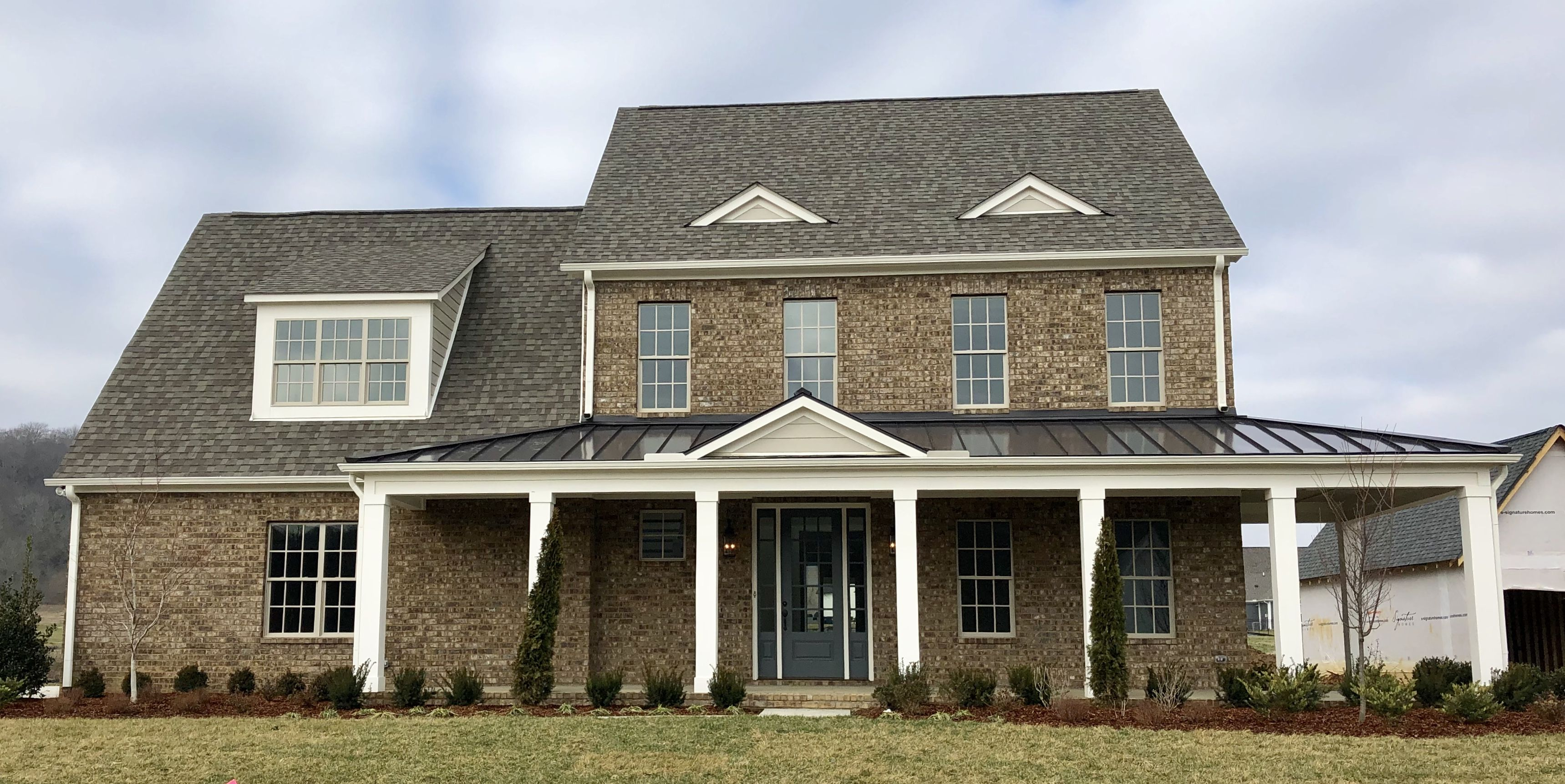 Best Mosstown Brick Ivory Buff Mortar Amazing Gray Siding 640 x 480
