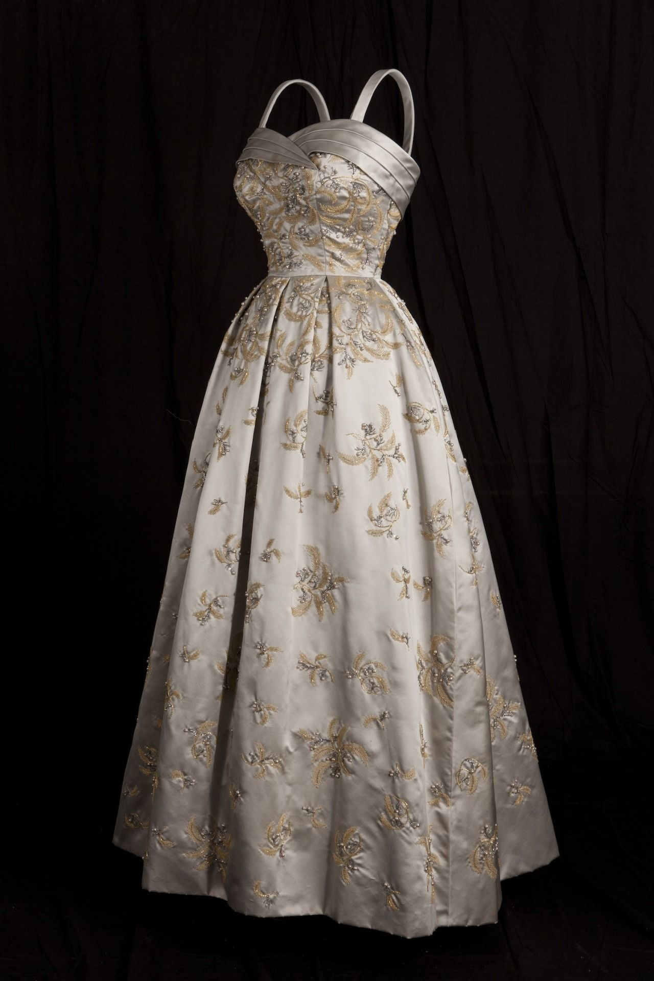 fripperiesandfobs: Evening dress designed by Hardy Amies ...