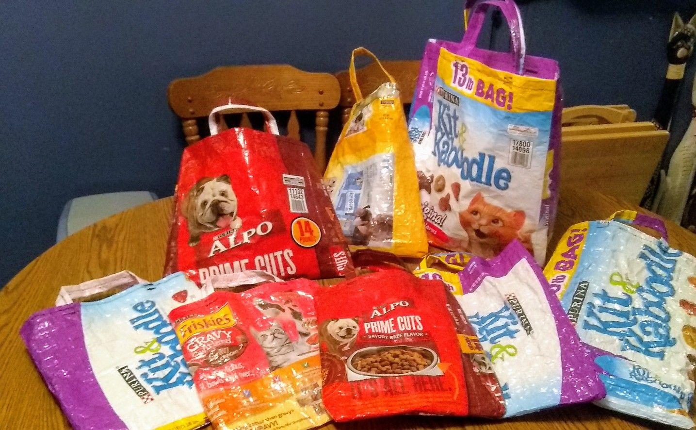 Recycle Cat Dog Food Bags Into Shopping Bags Dog Food Recipes