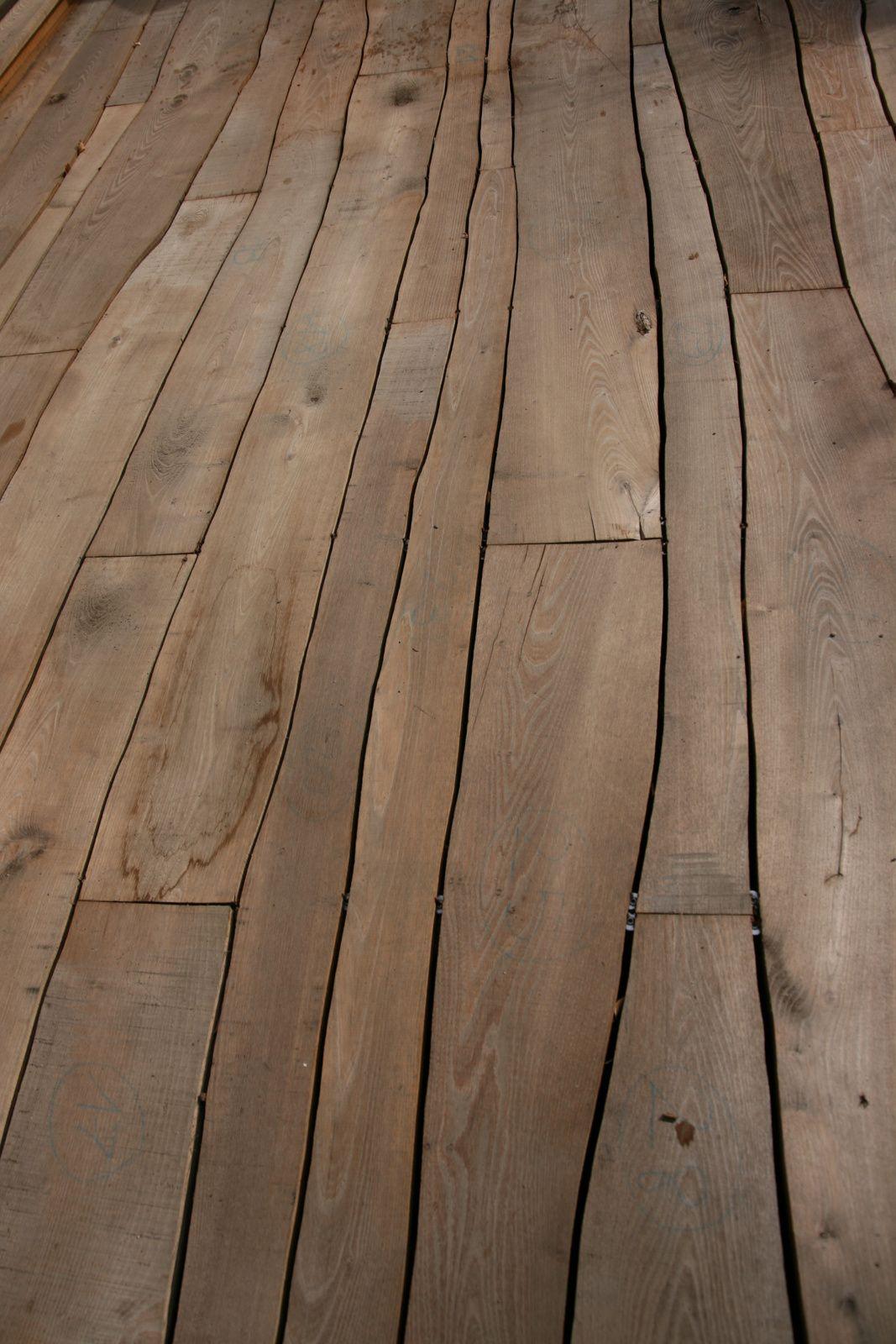 Terrasse Sous Les Pommiers En Robinier Flooring