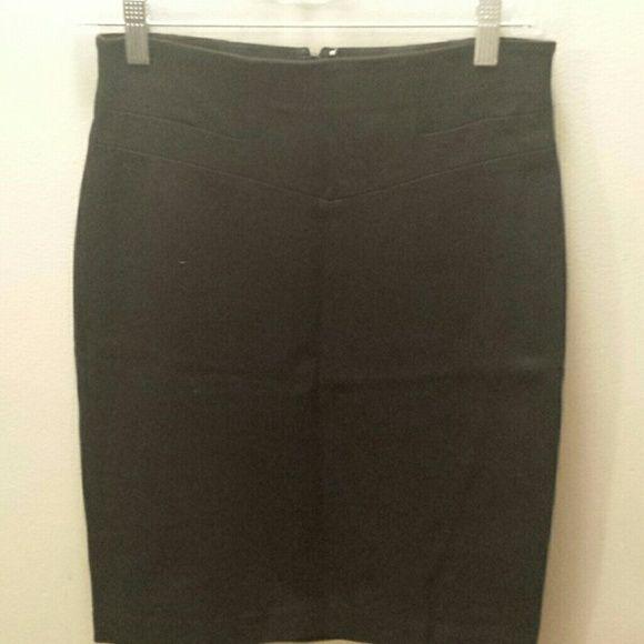 Ann Taylor black cotton spandex skirt 2 petite Great fitting everyday black skirt Ann Taylor Skirts