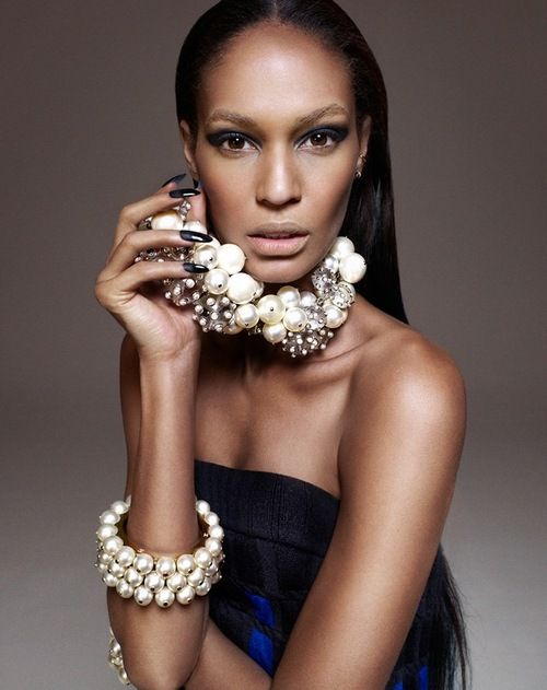 Joan Smalls by John-Paul Pietrus for Modern Weekly China April 2013.