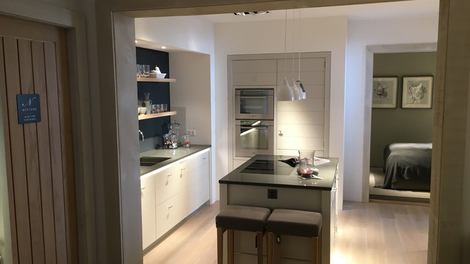 Neptune Limehouse Kitchen - Neptune Showroom Basel | Kitchen and ...