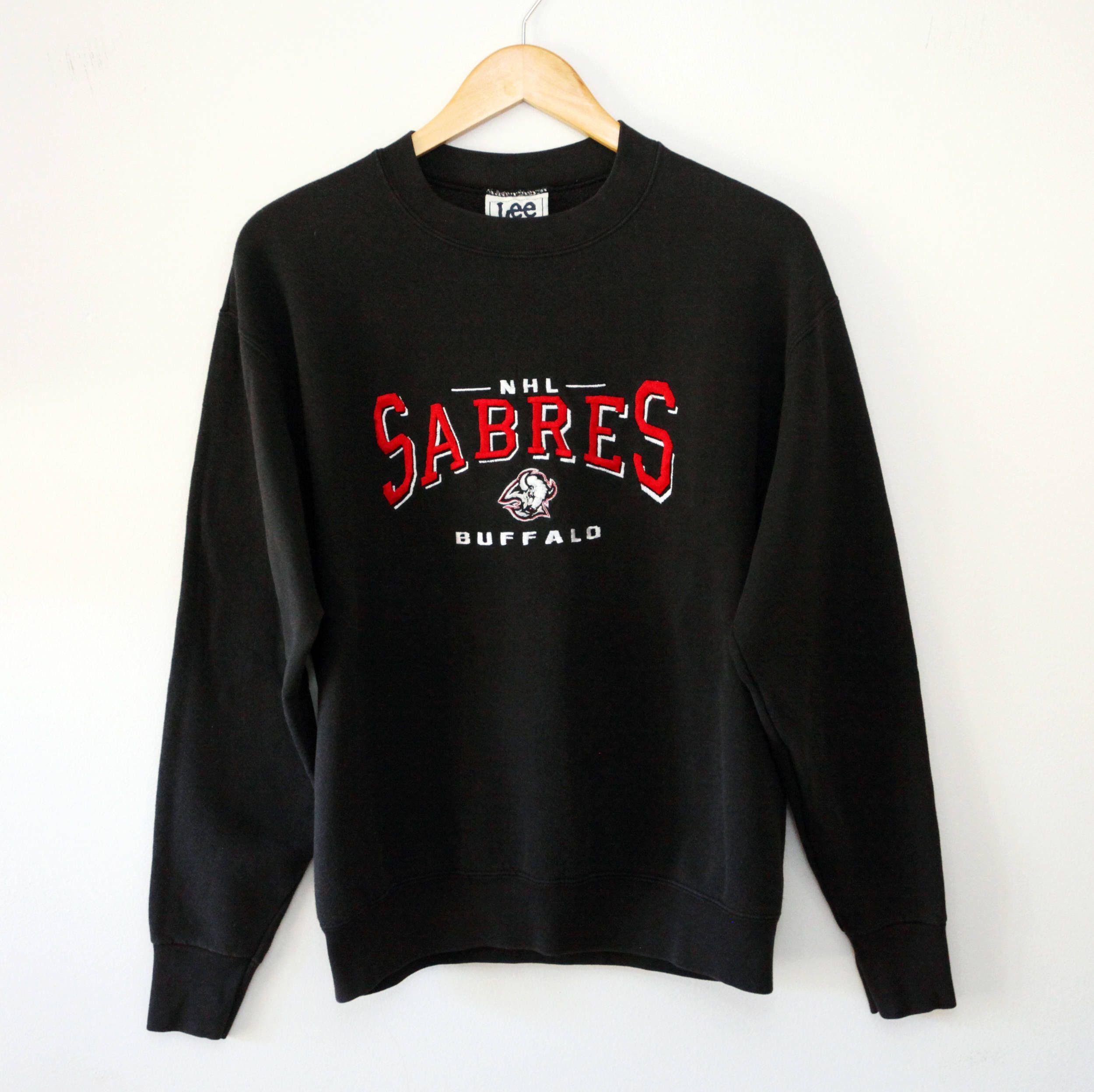 Vintage 90 S Buffalo Sabres Crewneck Sweatshirt Sz M Etsy Crew Neck Sweatshirt Sweatshirts Vintage Sportswear [ 2496 x 2500 Pixel ]