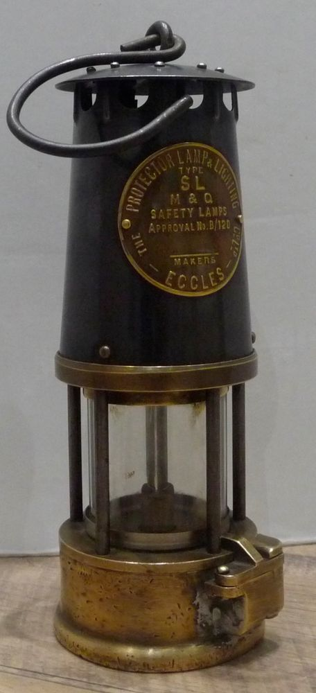 Vintage Miners Lamp Type Sl M Amp Q Safety Lamps Of Makers Eccles Faroles