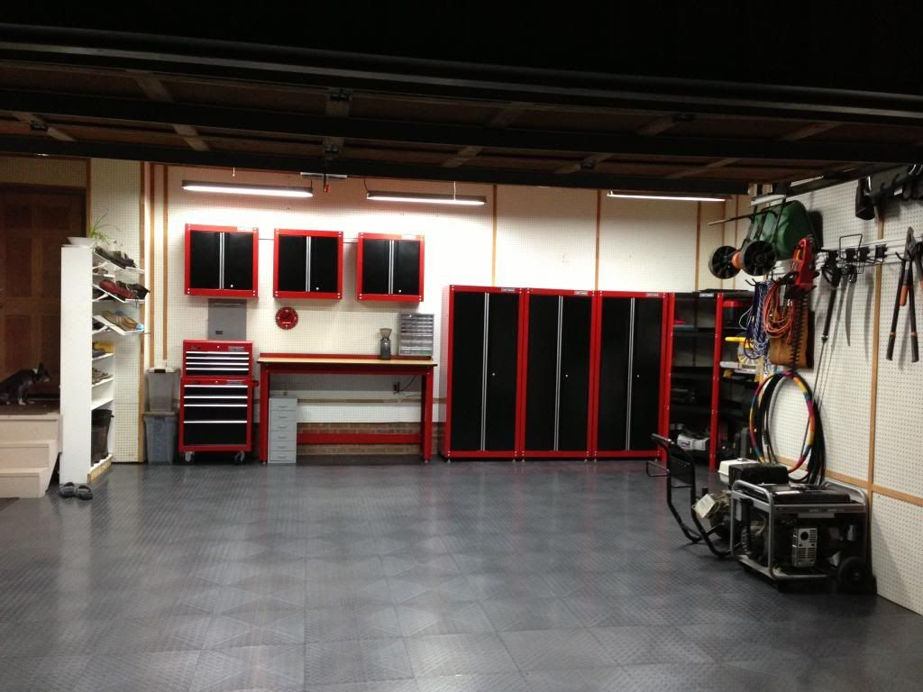 Garage awesome cabinets roselawnlutheran for Home garage design