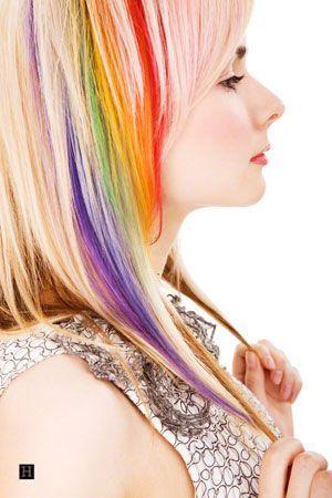 30 Rainbow Colored Hairstyles To Try Out Mit Bildern Einzigartige Haarfarbe Haar Streifen Bunte Haare